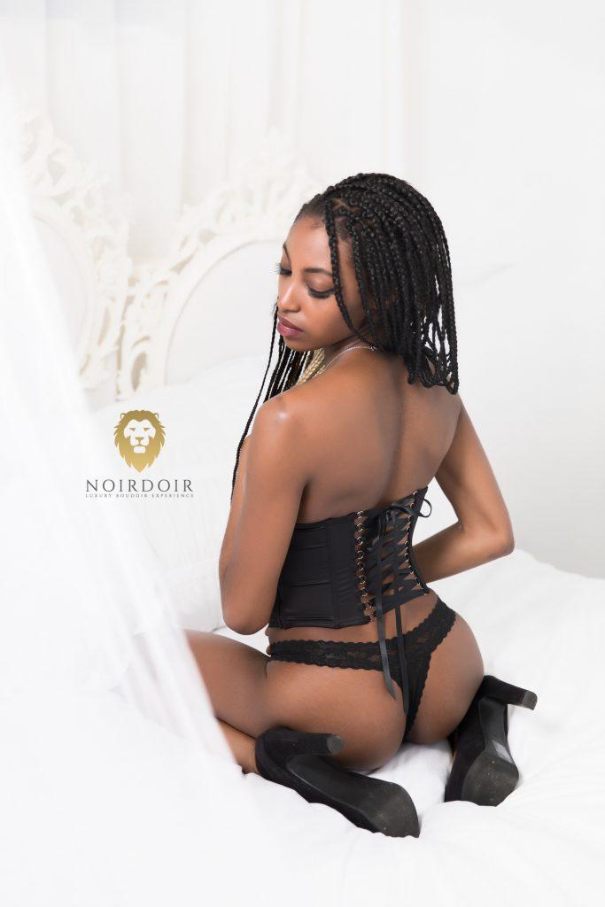 Boudoir Photography in Denver, Denver boudoir, best boudoir, boudoir session, sexy photoshoot, album, photosessions for ladies, boudoir photos, bridal boudoir photos denver